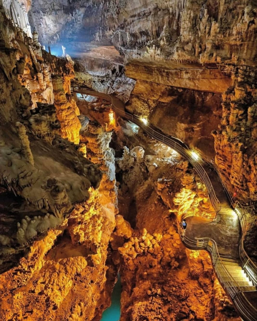 Jeita Grotto in Libanon